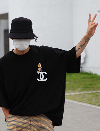 over fit ch*nl bunny tee (2color)