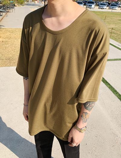 [기획/1+1] Over Fit U-neck Basic T-shirt (Khaki/4color)